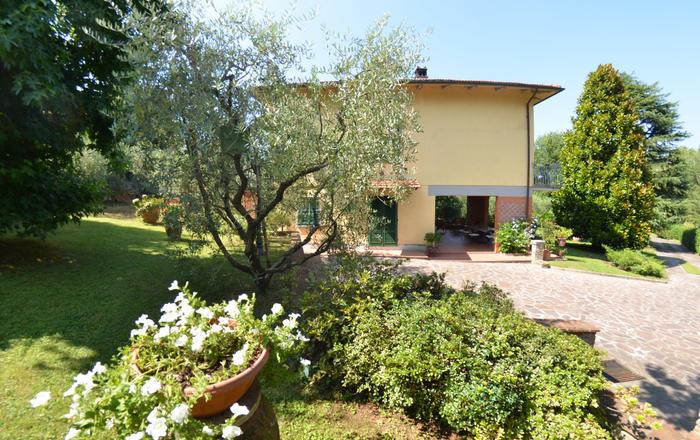 Villa Macina, Lucca Area, Tuscany