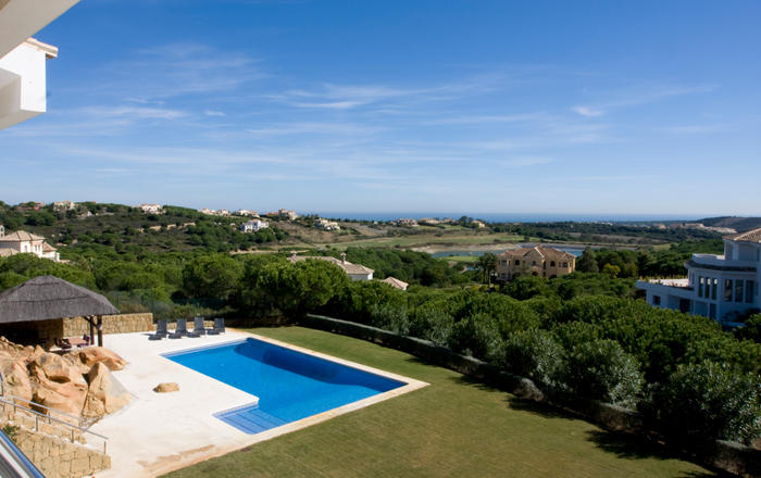 Sotogrande Almenara Modern 6 Br Villa w. stunning sea views, San Roque