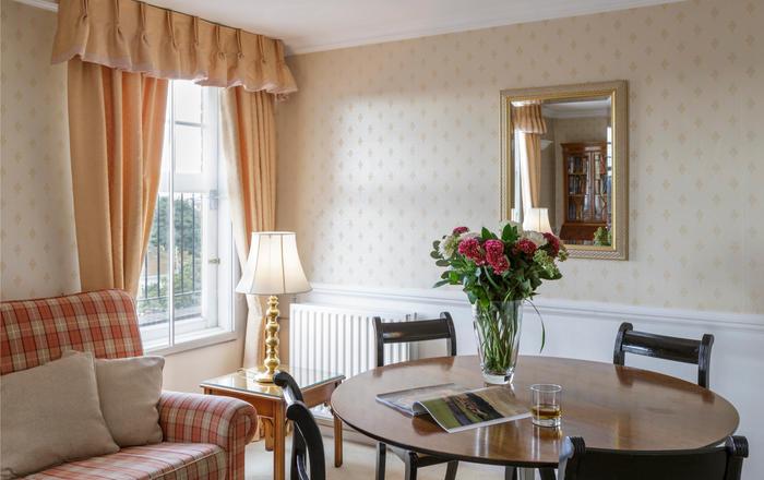 Kensington Mansion III/2 SW5, London