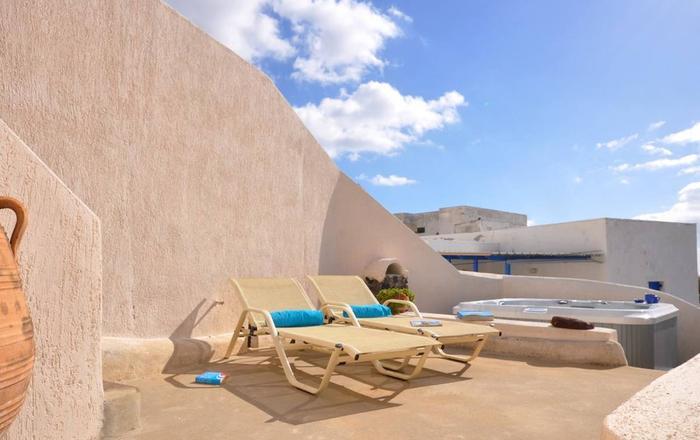 Villa Taverna, Santorini, Greece