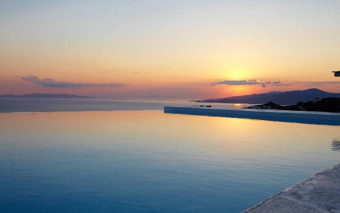 Villa Ourania, Agios Stefanos Area