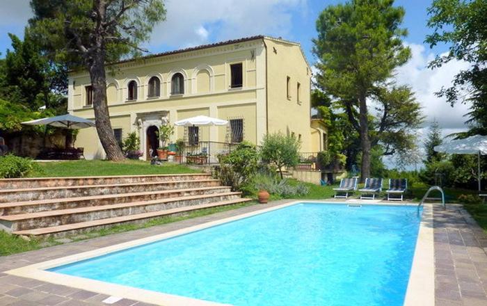 Villa Dafne, Fermo
