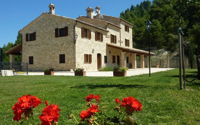 Villa Monti - 12 Guests, Montelparo
