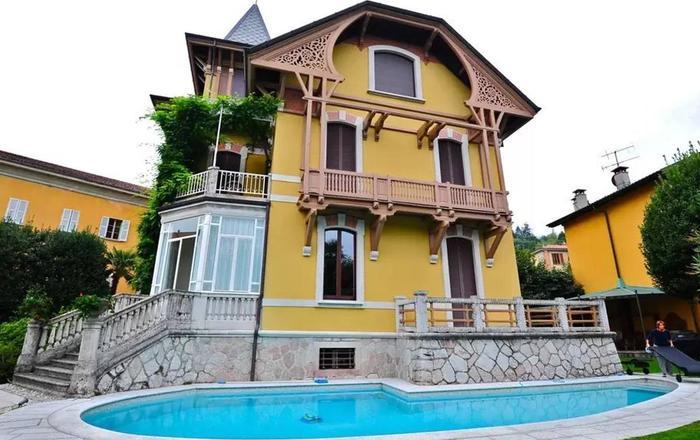 Villa Soprana, Porto Valtravaglia
