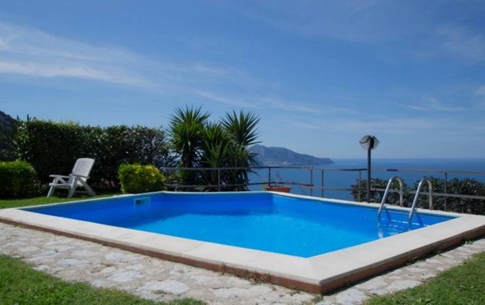 Villa Lubra 10 Guests, Sorrento Area