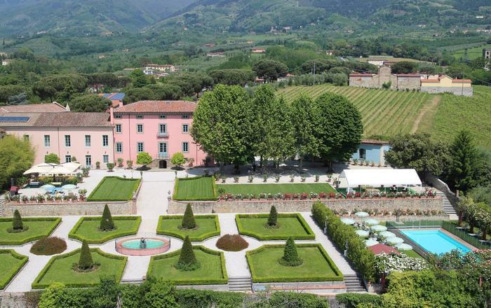 Villa Carmen - 14 Guests, Lucca Area, Tuscany
