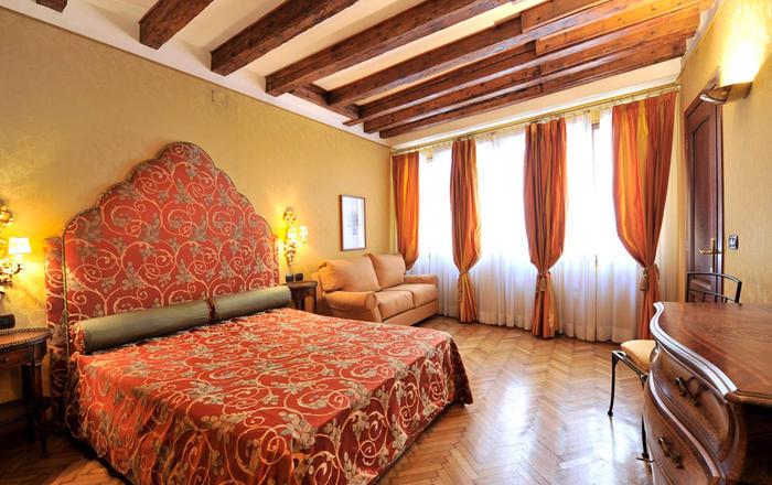 Sospiri Suite, Venice