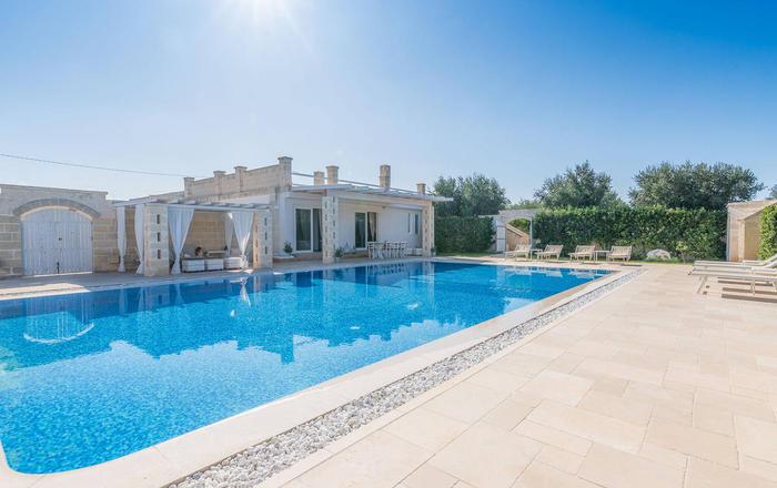 Villa Serafina, Ostuni Area, Puglia
