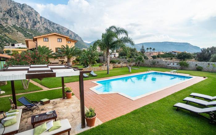 Villa Cinisi - 6 Guests, Cinisi