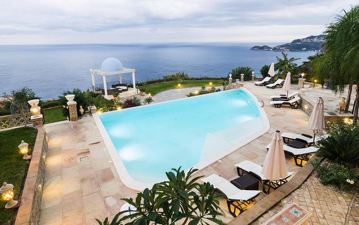 Villa Letojanni - 6 Guests, Taormina Area, Sicily