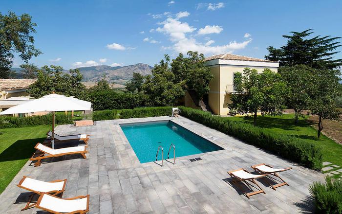 Villa Ravenna - 10 Guests, Mount Etna, Sicily