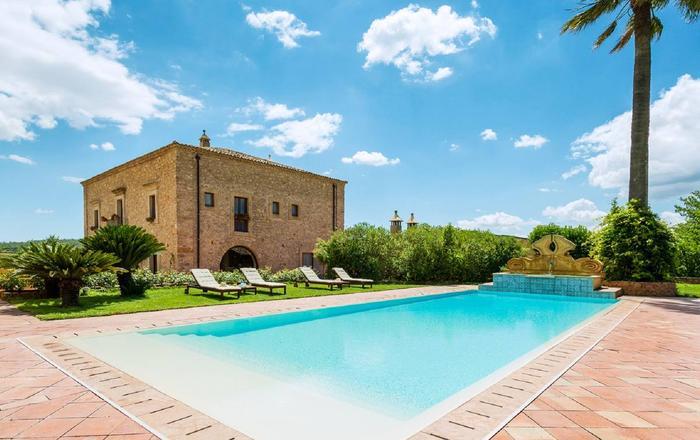 Villa Assunda - 17 guests, Caltagirone Area, Sicily