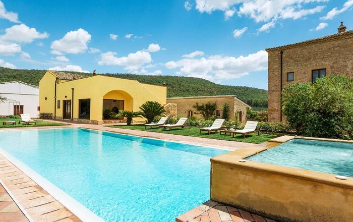 Villa Assunda - 9 guests, Caltagirone Area, Sicily