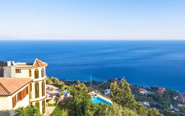 Villa Campanula, Taormina Area, Sicily