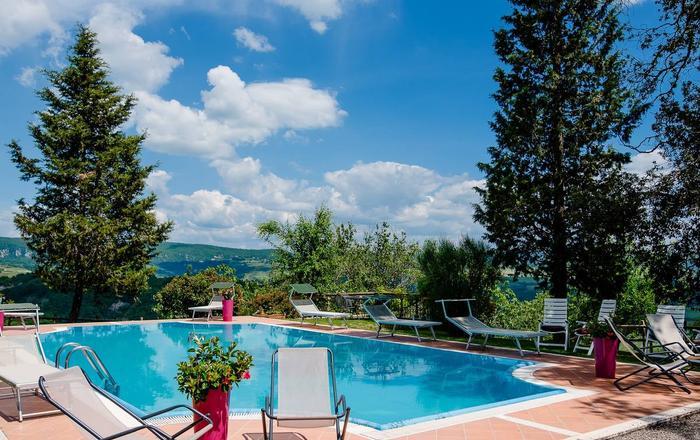 Villa Nicoletta, San Casciano Dei Bagni, Tuscany