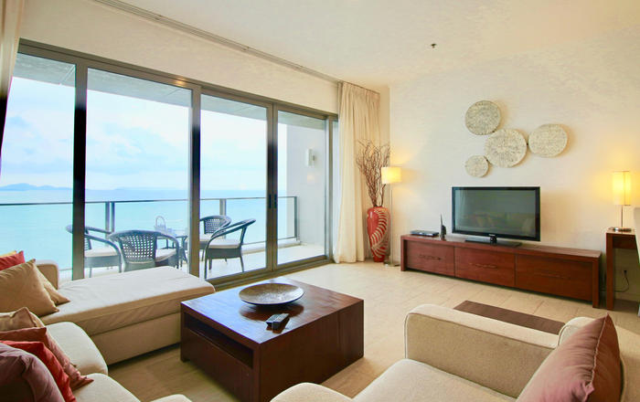 Dasiri Northpoint Luxury Beachfront 2BR Condo, Muang Pattaya