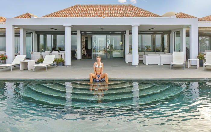 Villa Dolphin 4 Bedrooms A newly constructed luxury estate on Saint-Martin, Orient Bay