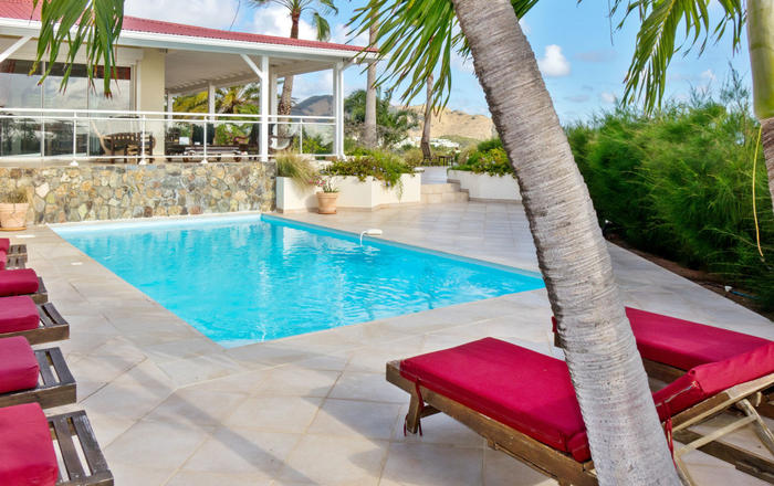 This villa has 4 air-conditioned bedrooms with four and a half baths., Orient Bay