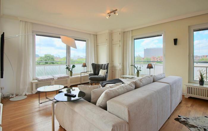 Dasiri Premium Penthouse 360 Düsseldorf Grafenberg, Düsseldorf