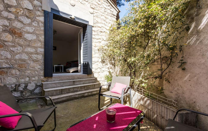 Two-Rommed Flat, terrace, 8 min from City Center, Montpellier