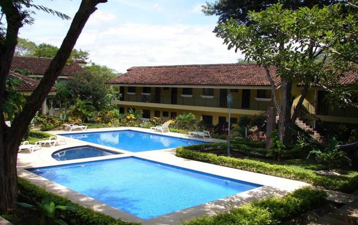 SD10 - A Slice of Paradise - Ocotal, El Coco