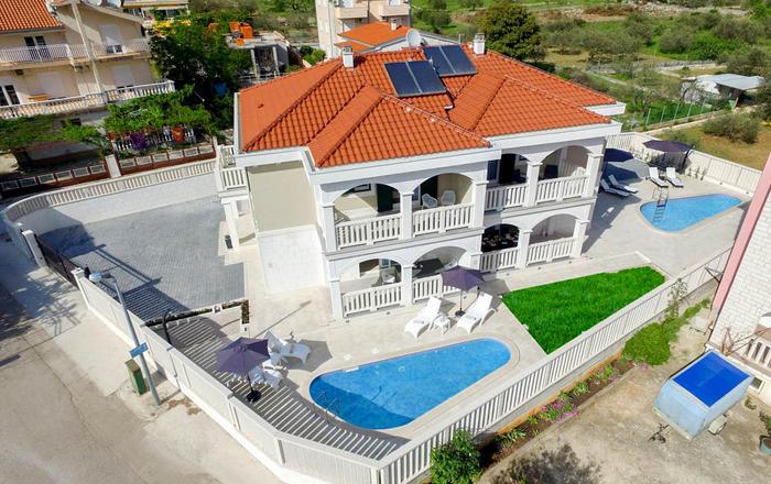 Villa Klavs, Grebaštica