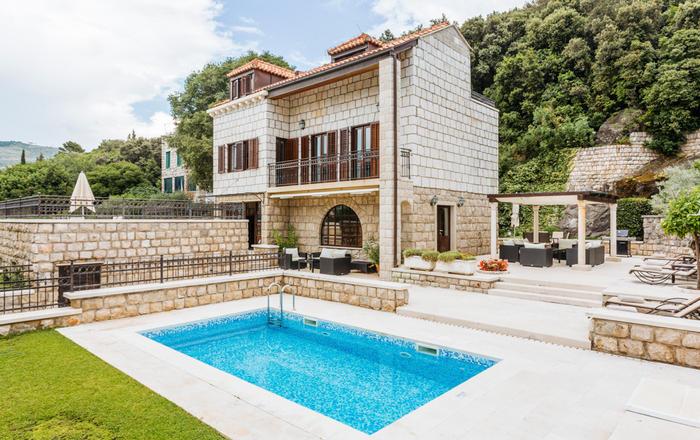 Villa Orvnik, Lapad
