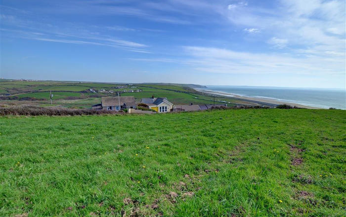 1 Ty Melyn, Newgale