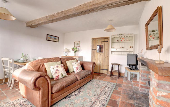 Poppy Cottage, Bodham