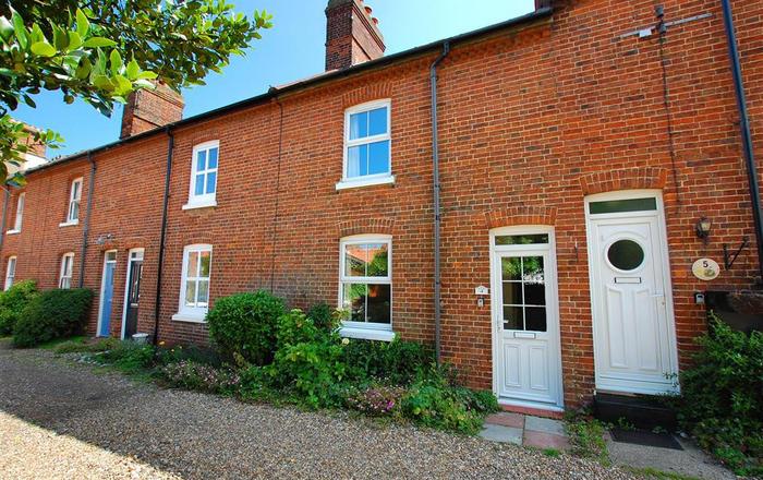 4 Melinda Cottages, East Runton