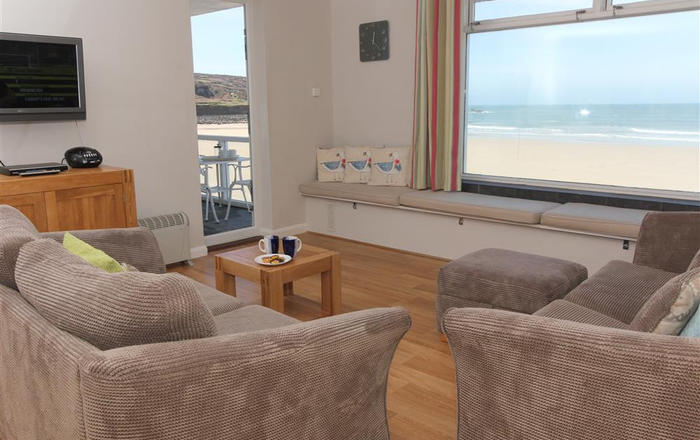 12 Piazza, St Ives