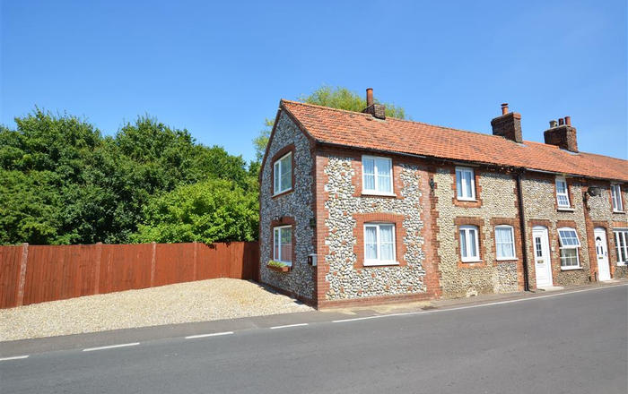 Owl Cottage, Holt