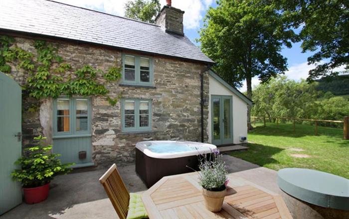 Ghillies Cottage, Corwen