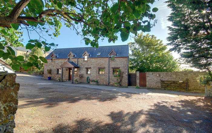 Pusehill Barn, Westward Ho!
