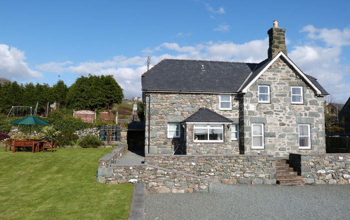 Ty Cerrig, Barmouth