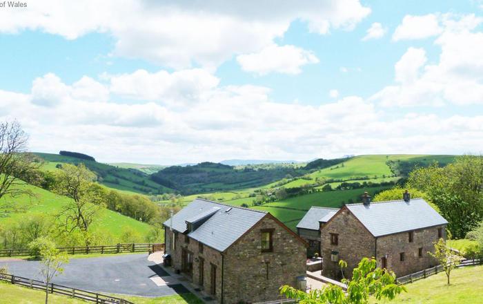 Beacons View Farm Cottages, Brecon