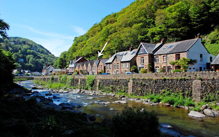 Number 17, Lynmouth