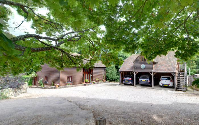 The Old Barn and Apartment, Hadlow Down