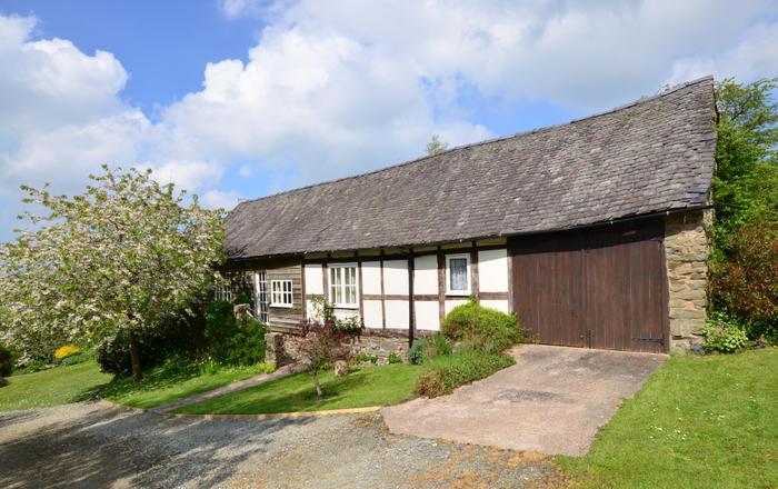 Cwmdulla Barn, Montgomery
