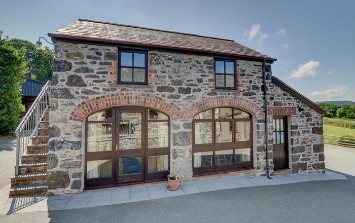 Carnedd Dafydd, Llanrwst