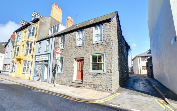 24 Bridge Street, Aberystwyth