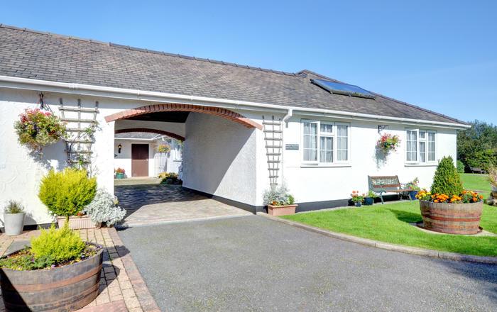 Minffordd Cottage, Dulas