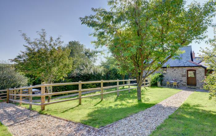 Bramble Cottage, Barbrook