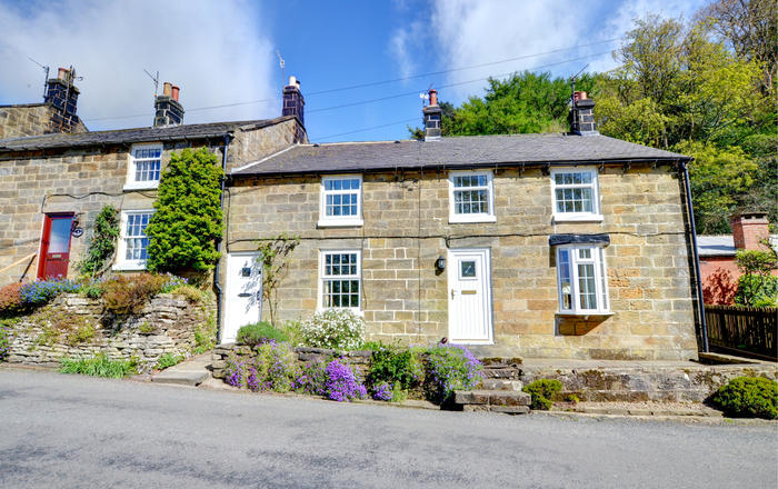 Hollins Cottage, Whitby