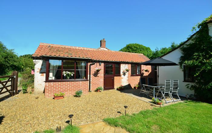 Holly Cottage, Banningham