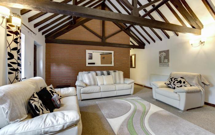 Oak Farm Cottage, Bylaugh
