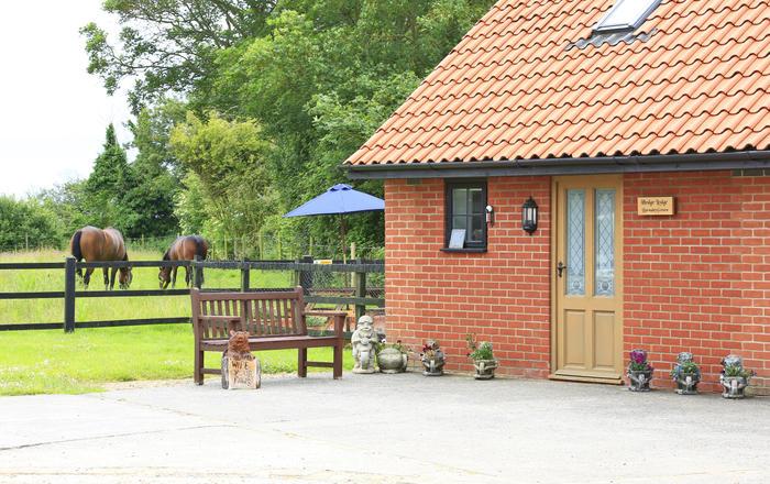 Hedge Lodge, Wangford