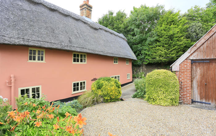 The Thatched House, Eye