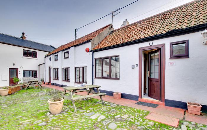 No3 Cliff House Cottages, Seahouses
