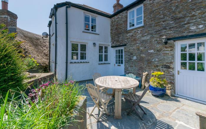 The Cottage, Helford, Helford